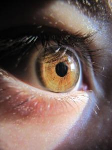 laser-ojos-2
