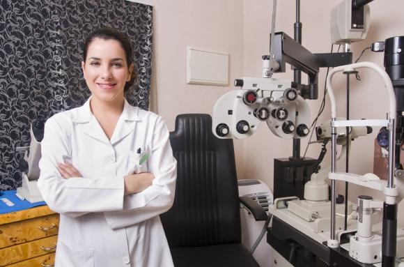 precios de operación de la vista en clínicas oftalmológicas