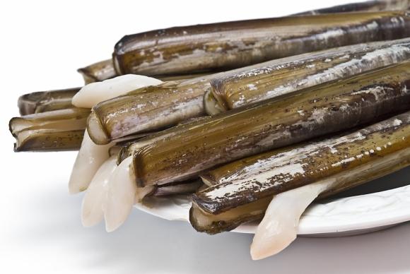 plato de navajas frescas